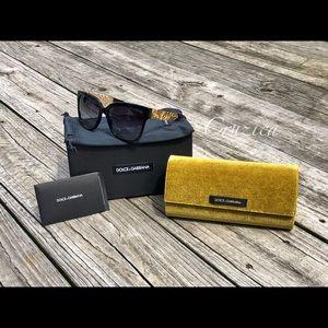 S⭕️LD‼️Dolce & Gabbana Square Sunglasses DG4212